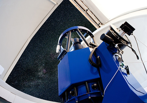 Optical telescope pointing at the sky